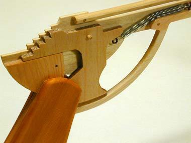 Как сделать автомат стреляющий резинками из дерева - Oralimplantology.ru